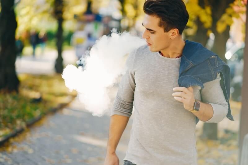 Patlama riski olmayan e sigara