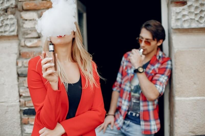 E sigara kullananlar